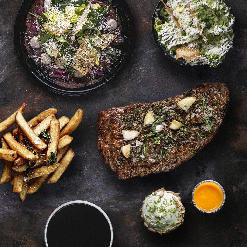 Nye saftige burgere i byen: Stor kæde udvider med Bastard Burger i Aarhus