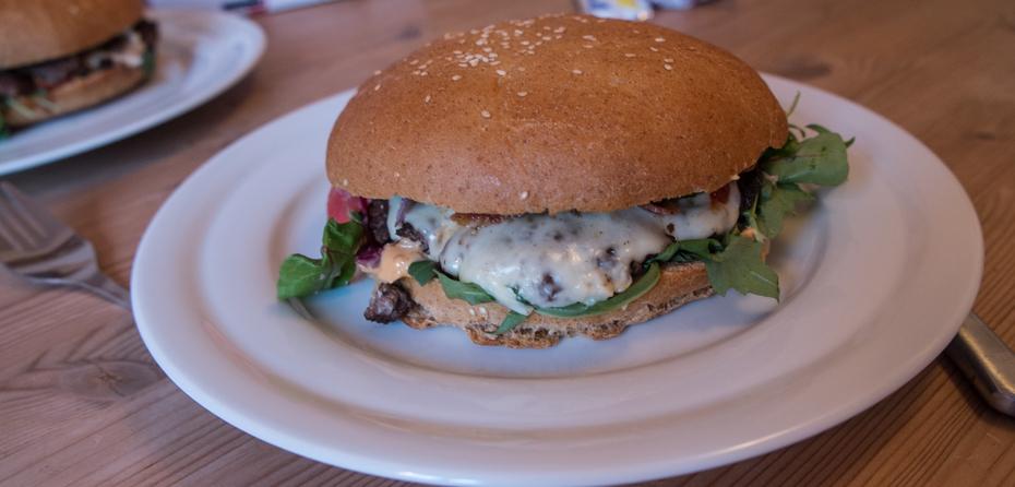 400 gram burger fra Burger Hut