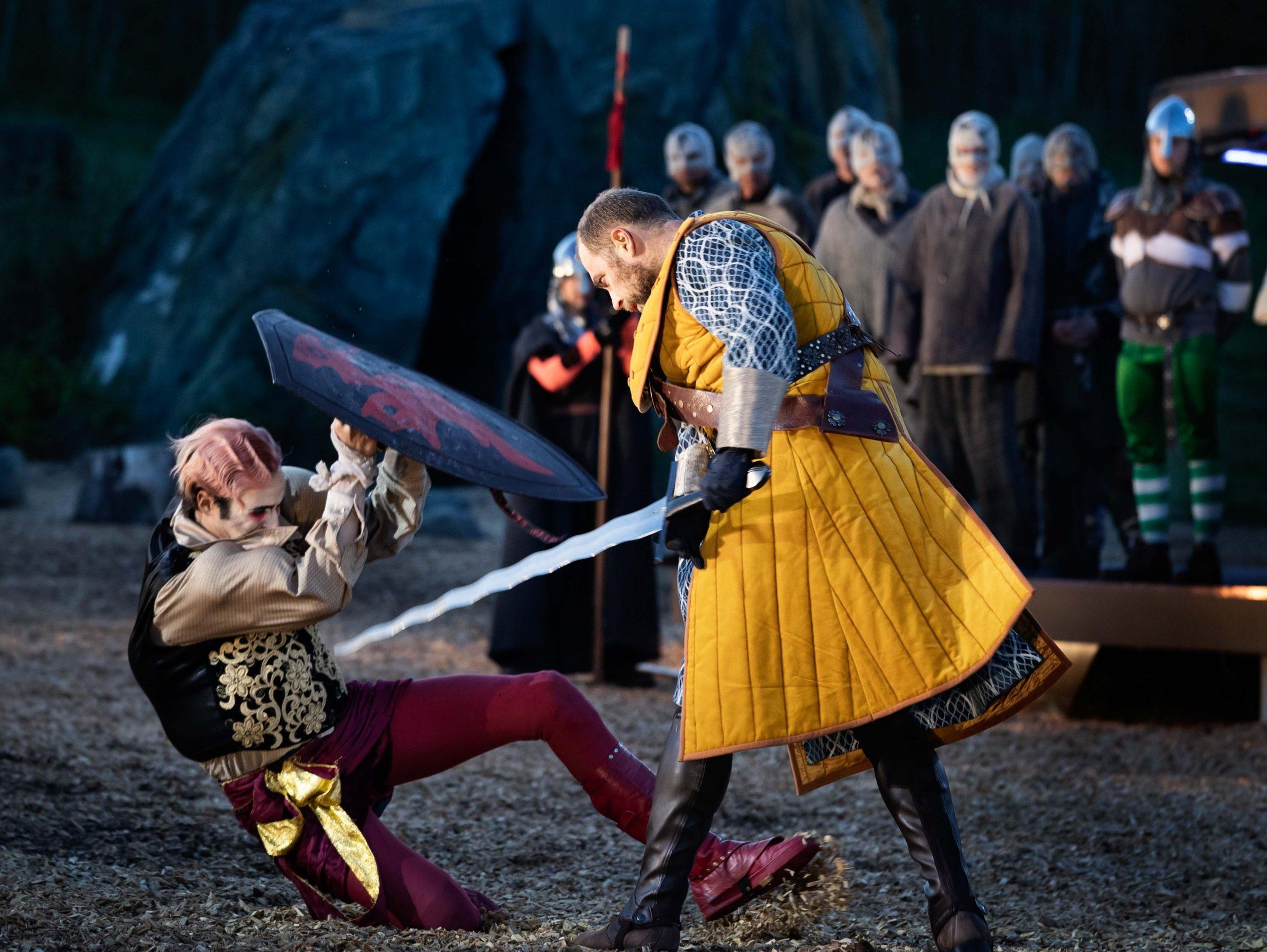 Anmeldelse: Kong Arthur var imponerende, flot og underholdende