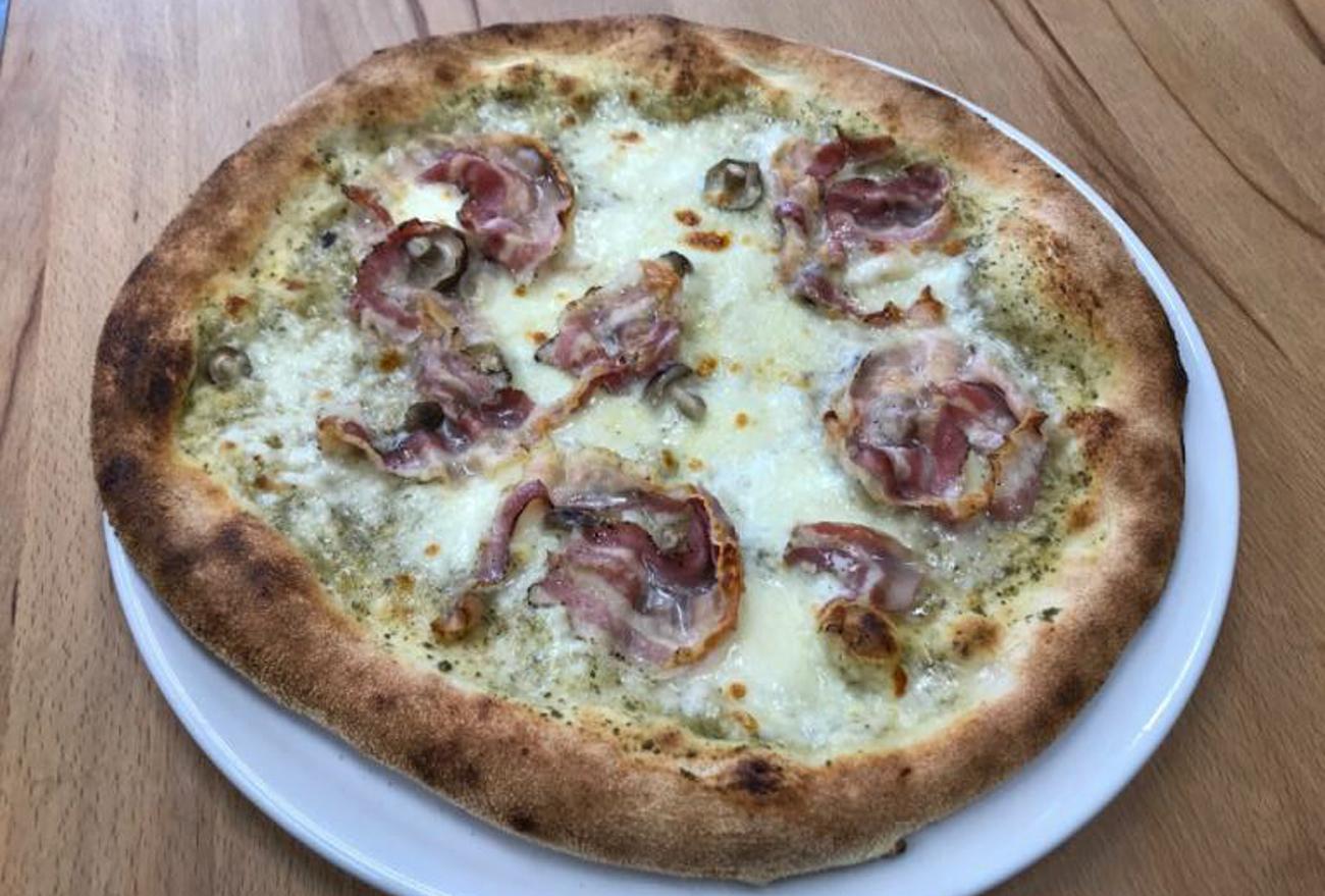 Ny pizza hos Adagio: Torino står fadder til månedens pizza