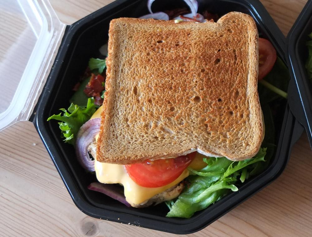 Albert club sandwich fra Café Albert