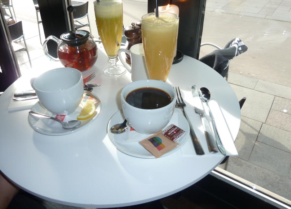 Alt for små borde på Café Viggo