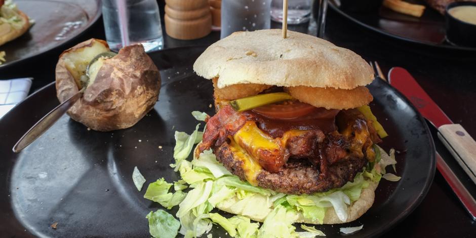 Badboy burger på Bone´s i Aarhus