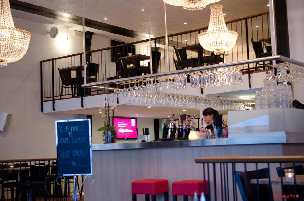 Anmeldelse af Café Luxor - byens nye sportscafé