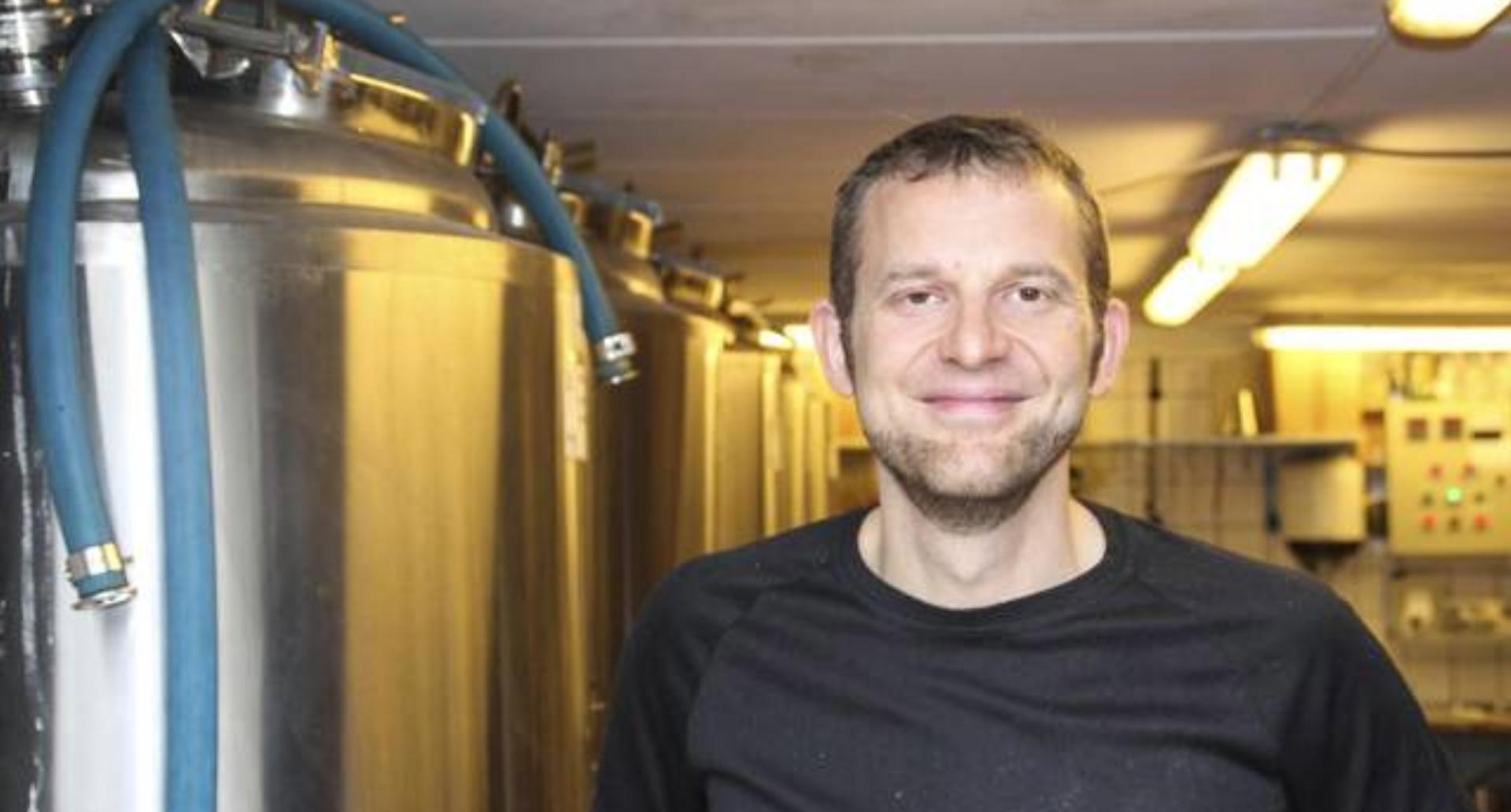 """Lisbjergs garagebryggeri: """"90 procent bøvl"""", tappearm og masser af passion"""