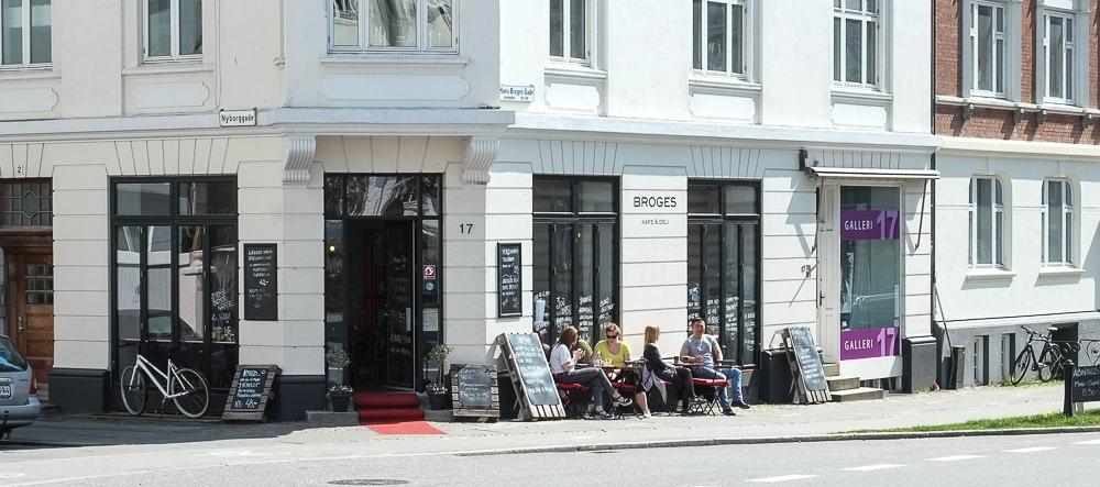 Broges Café & Deli