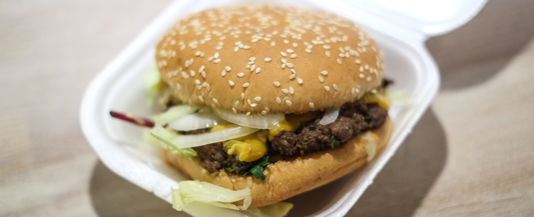 Burgeren fra burgermenuen hos Pepitos i Åbyhøj