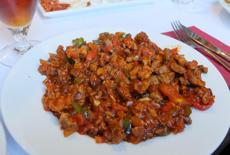 Coban kavurma hos Pasha - Restaurant & Café_
