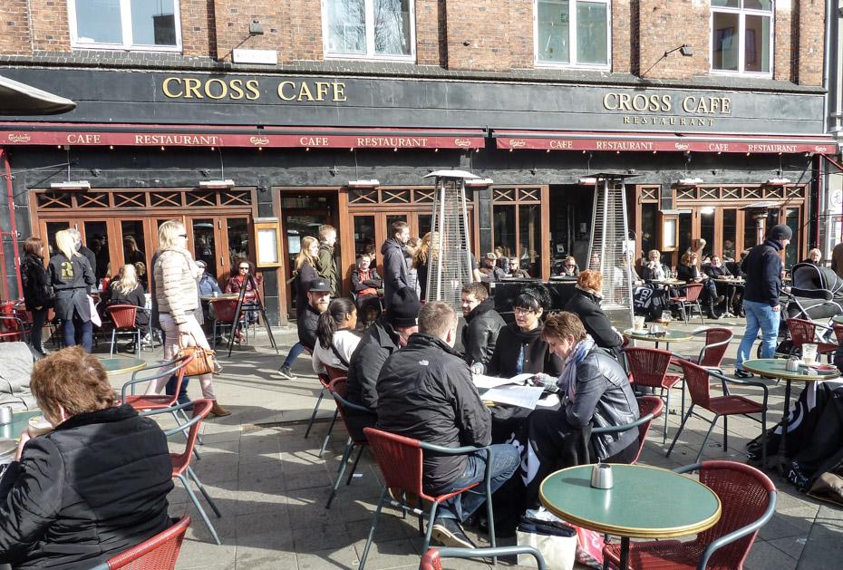 Cross Café ved åen