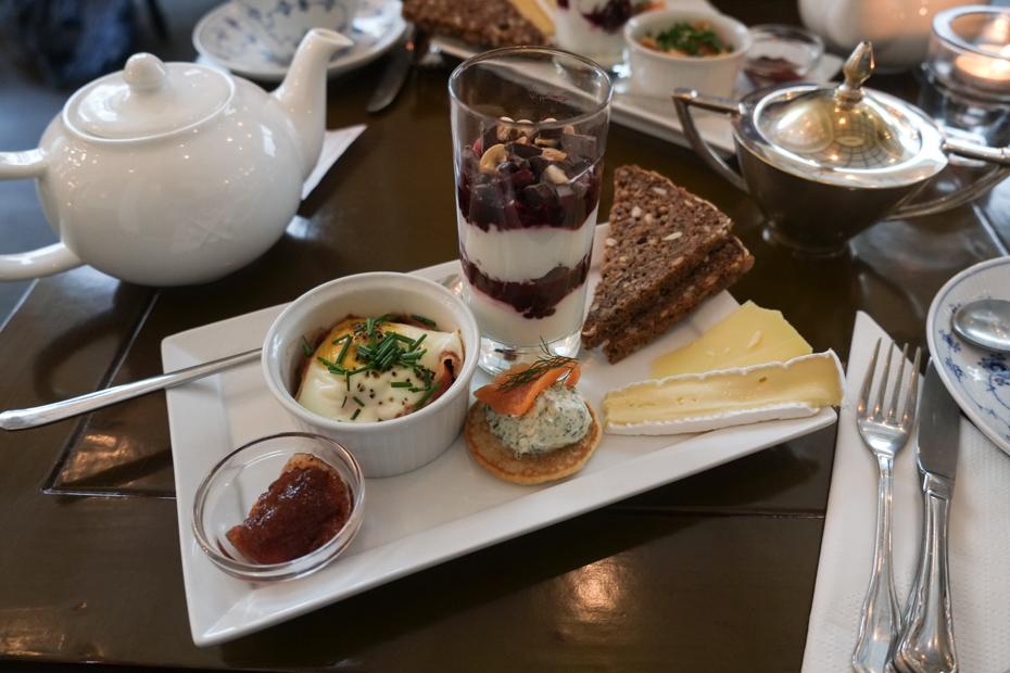 Dagens morgenmad og te hos A.C. Perchs i Aarhus