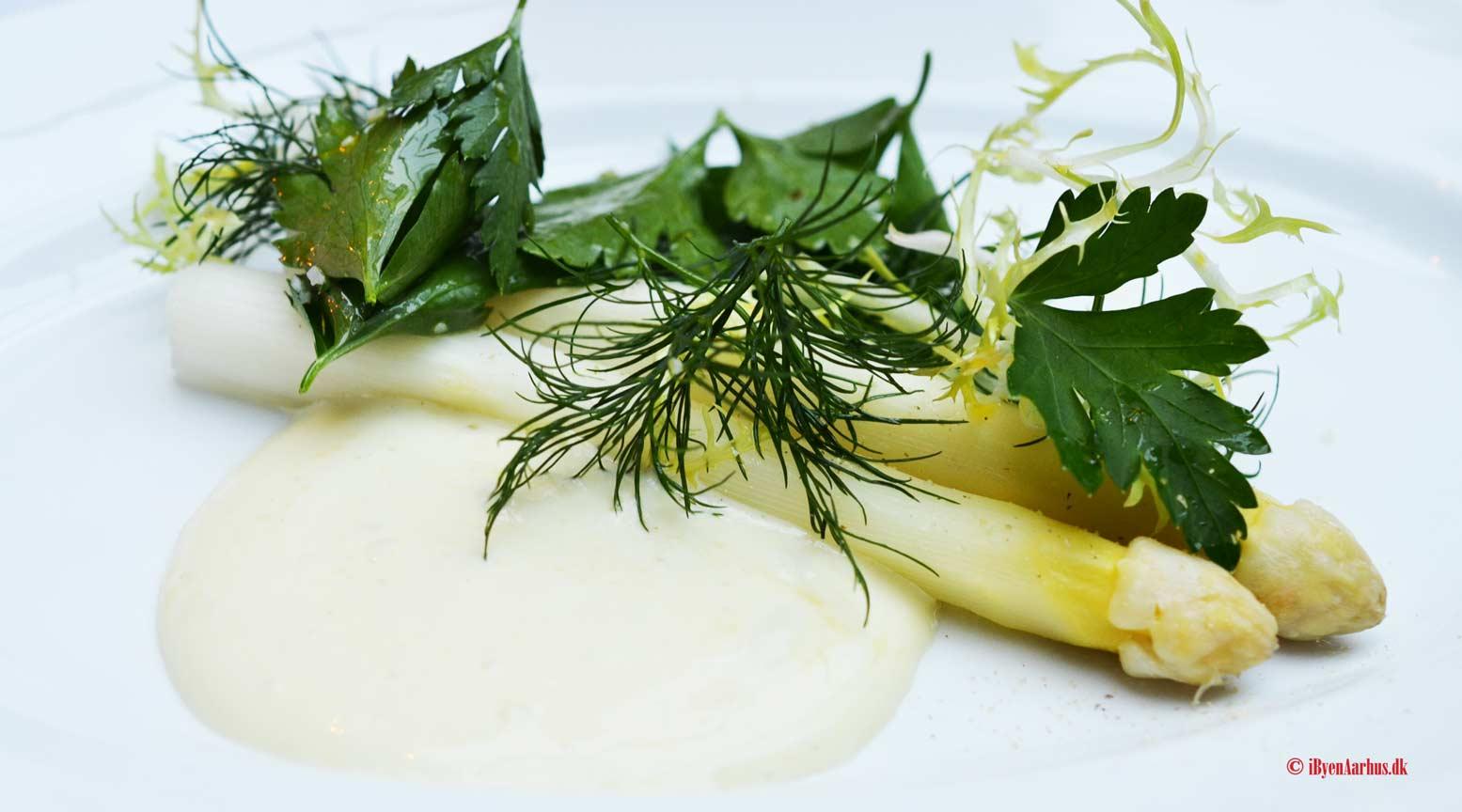 Restaurant Mefisto - Fremragende mad, betjening og kunst