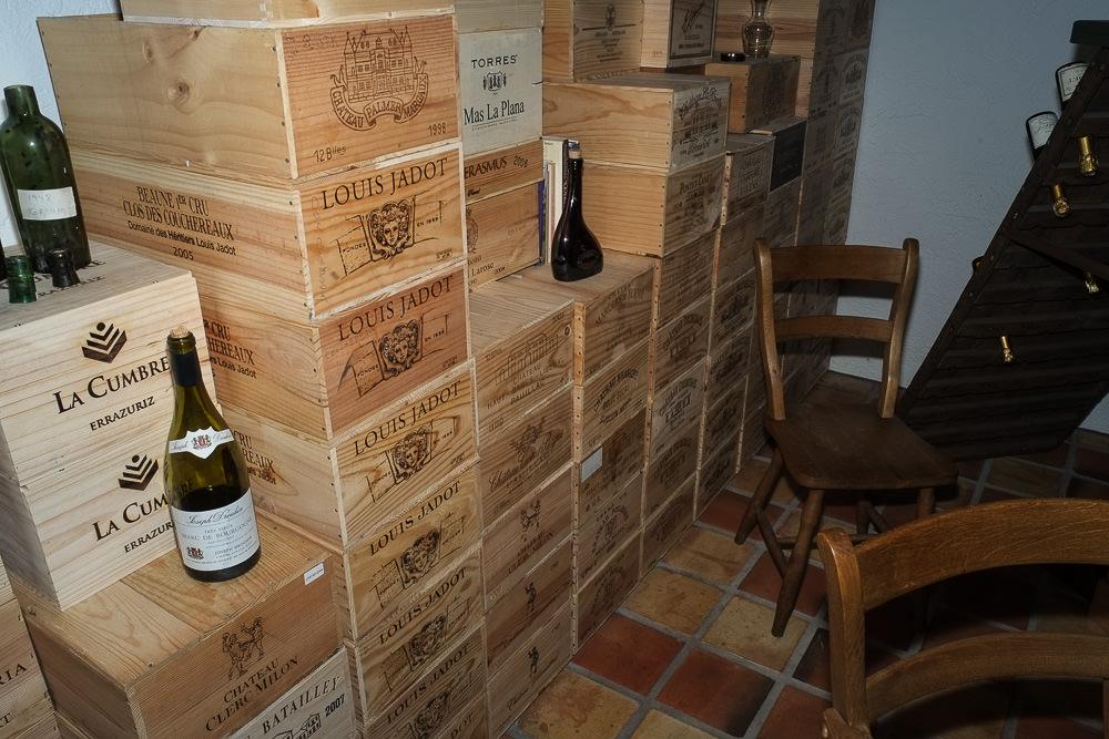 De hårde kasser i kælderen på Munkebjerg i Vejle