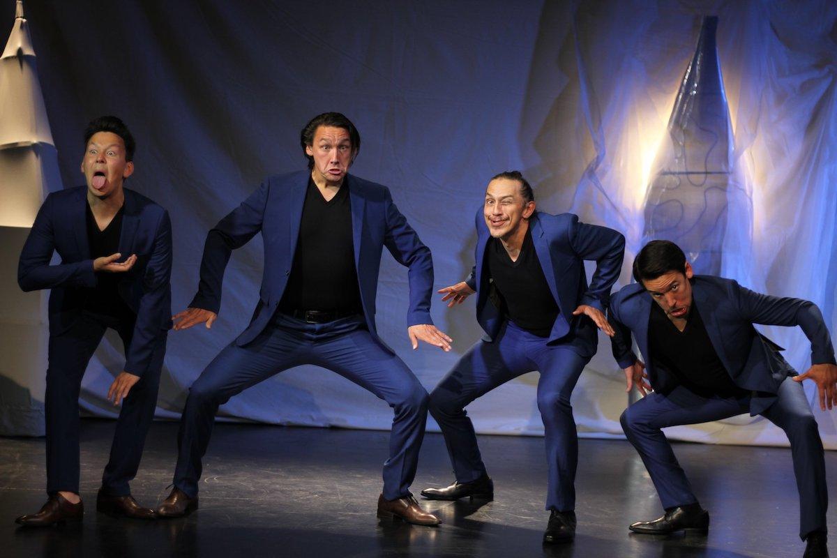Teateranmeldelse: Naturmennesket i jakkesættet - det er teater, der vil noget!