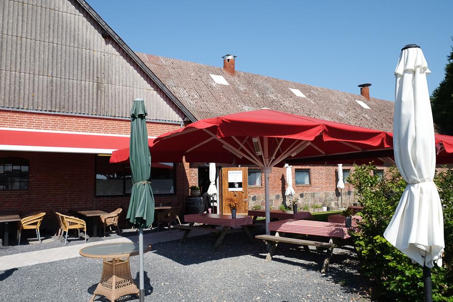 Den nye terrasse på Møllegården
