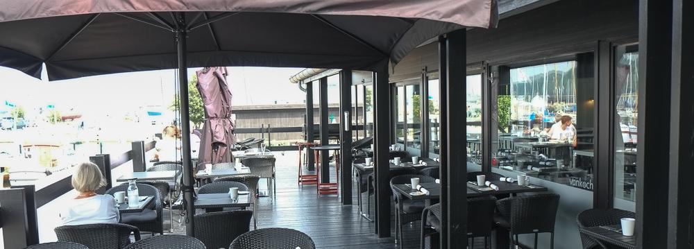 Den sorte terrasse på Brasserie Vankoch