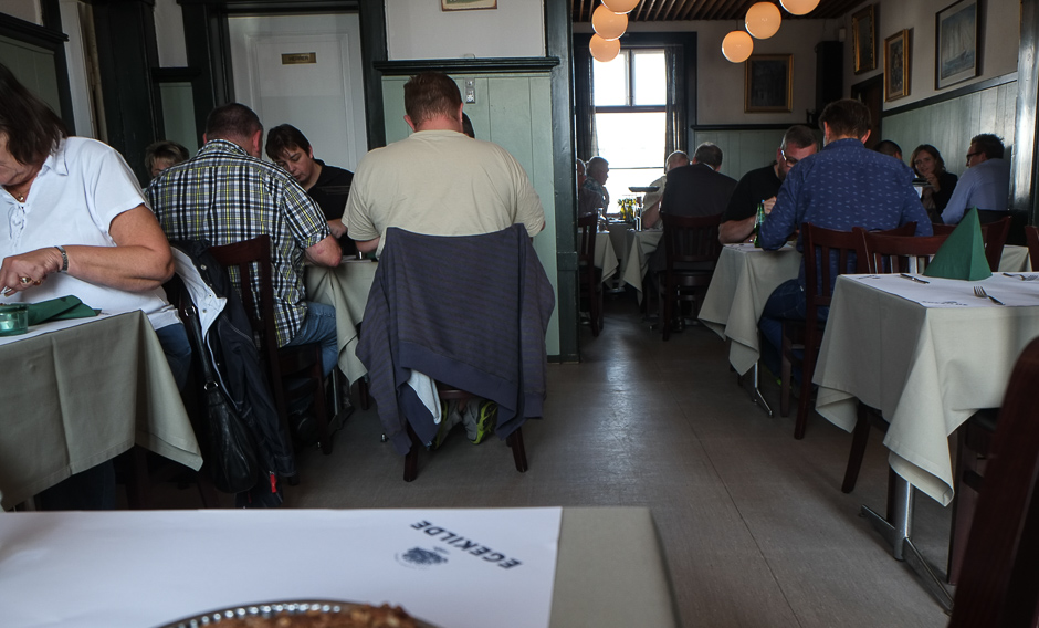 Der er altid mange mennesker på Restaurant Kohalen i Aarhus
