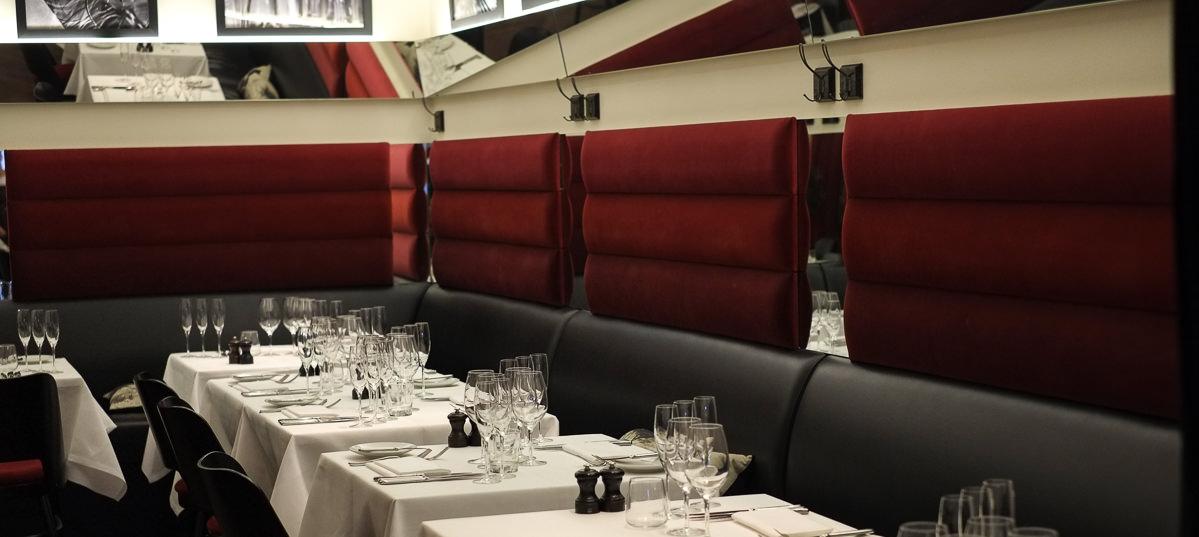 Der er skam hvide duge på bordene - Ferdinand i Aarhus
