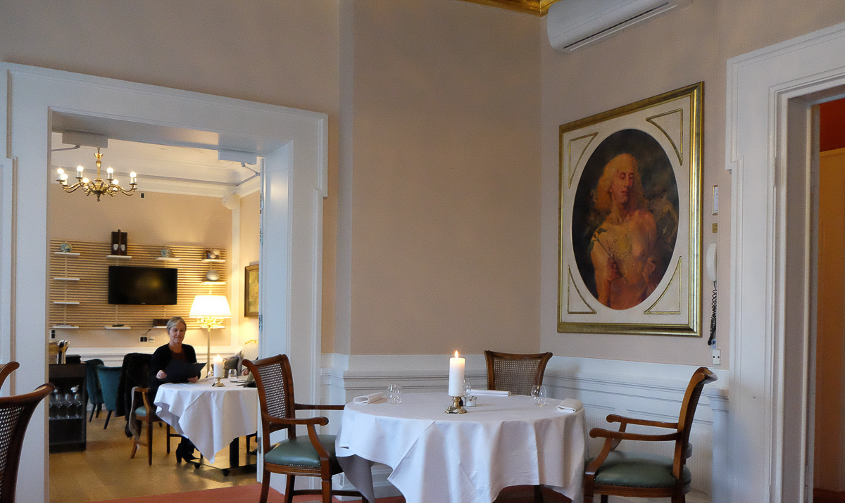 Restaurant Royal - elegant opvisning i klassisk smørrebrød