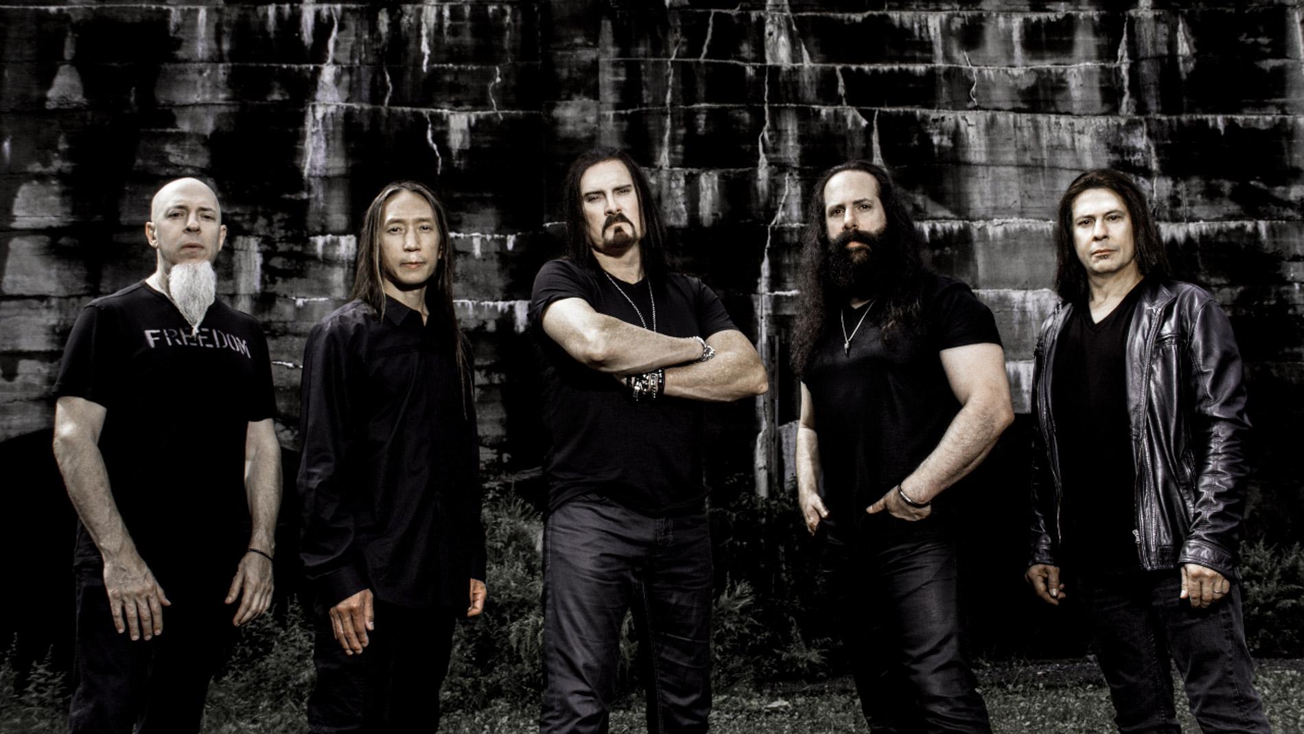 Anmeldelse af Dream Theater: Ekvilibristisk metaltrip i uvante rammer