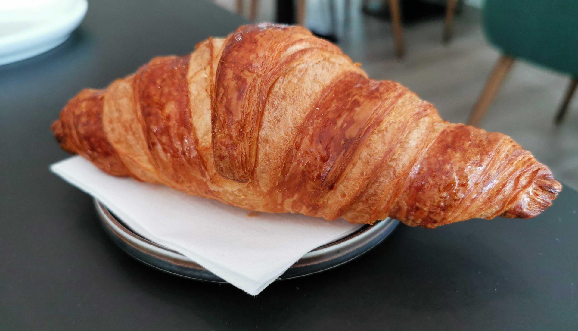 Madanmeldelse: Forrygende forførende fransk morgenmad hos Früd