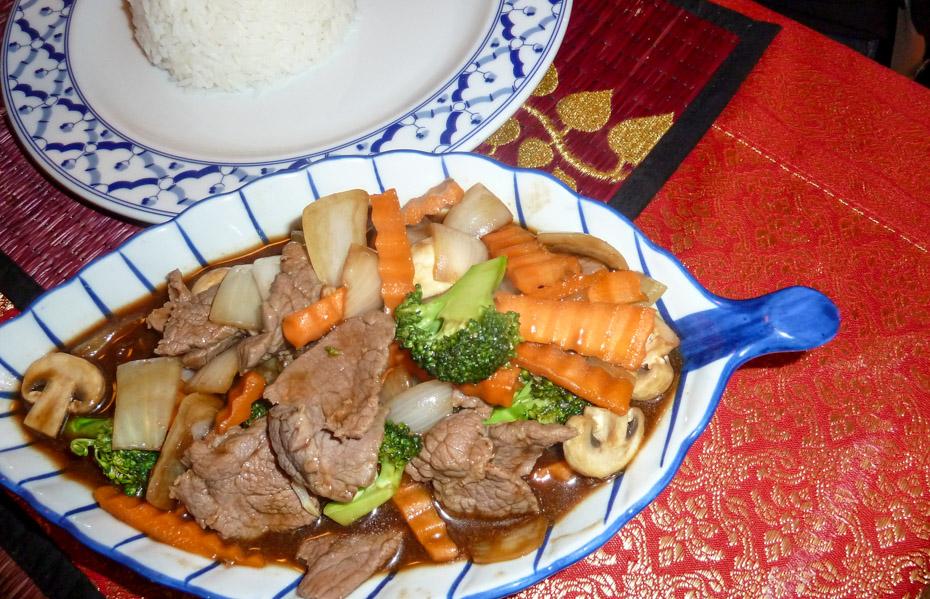 En omgang Phat Nam Man Hoi hos Thai & Sushi i Frederiks Allé_