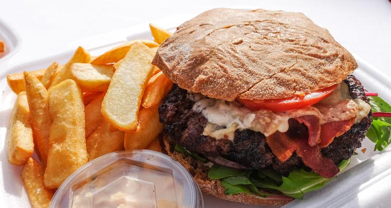 En saftig Risskovburger fra Restaurant Fedet