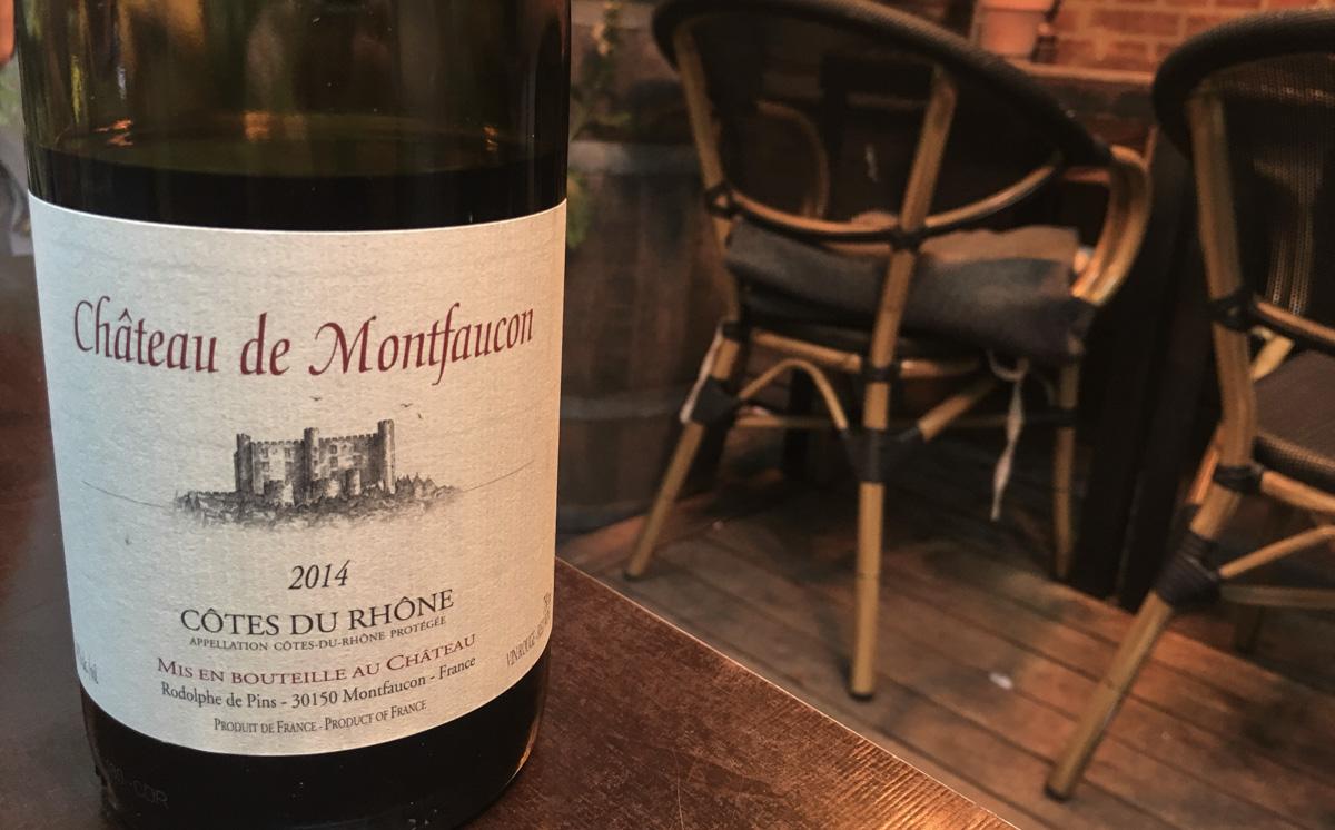 Et godt glas vin hos Juliette