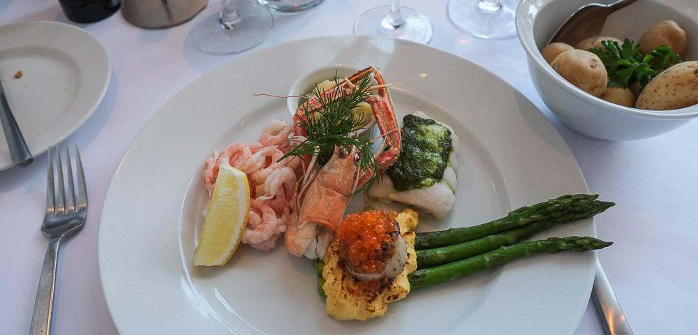 Fedets fisketallerken på Restaurant Fedet i Risskov