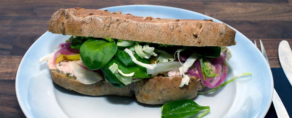 Fisken---Sandwich-på-VW-Café-i-Aarhus