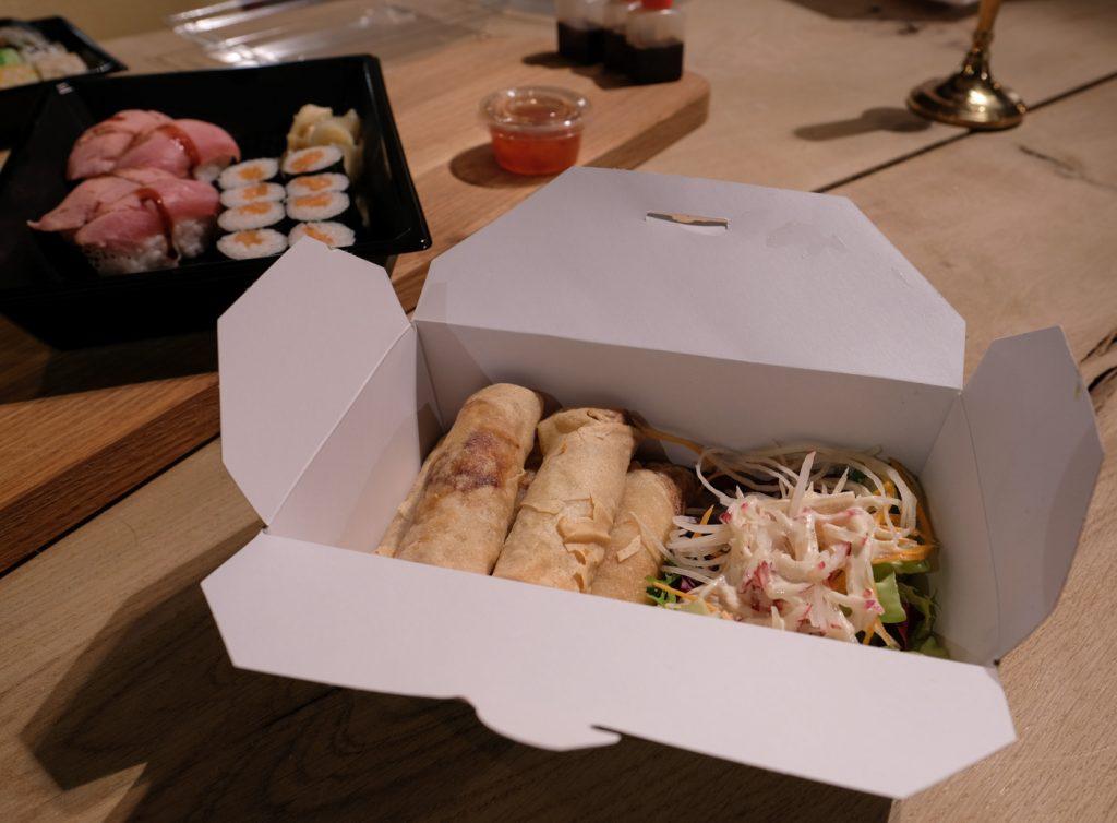 Madanmeldelse: Gode takter hos Toki Sushi, men kedelig og småtør sushi