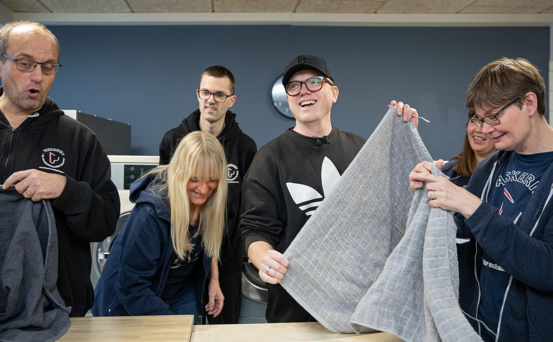 Vaskeriet i Brabrand: Muskelsvindfondens Plads til forskelle-pris og 150.000 kroner