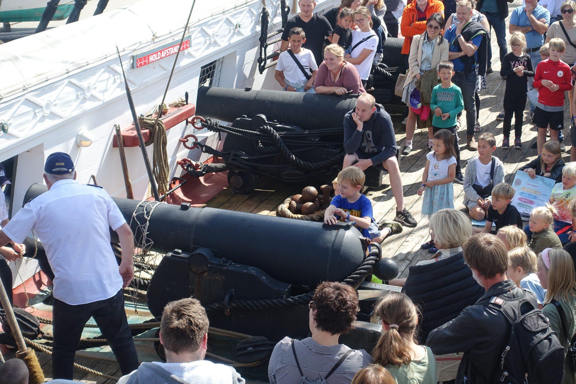 Reportage: Lærerigt besøg hos Fregatten Jylland i Ebeltoft