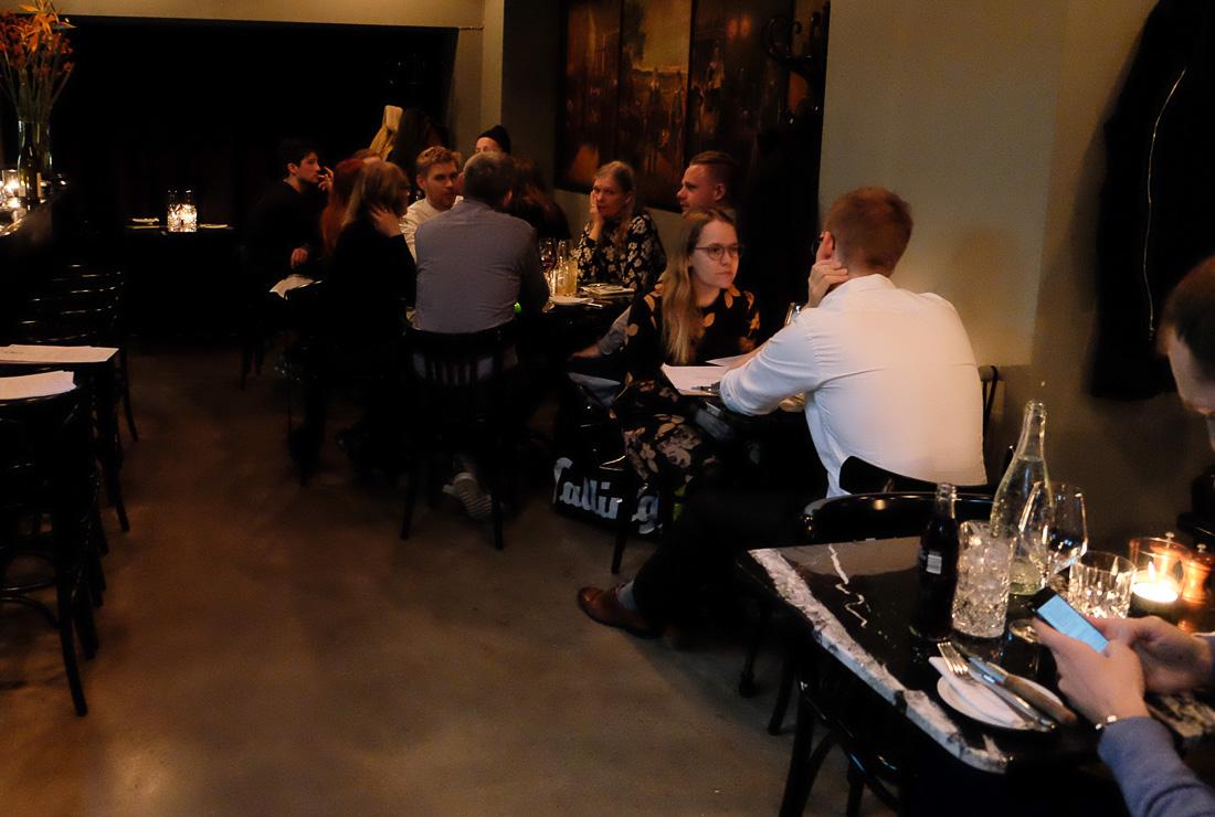Godt med gæster hos Retour Steak i Aarhus_