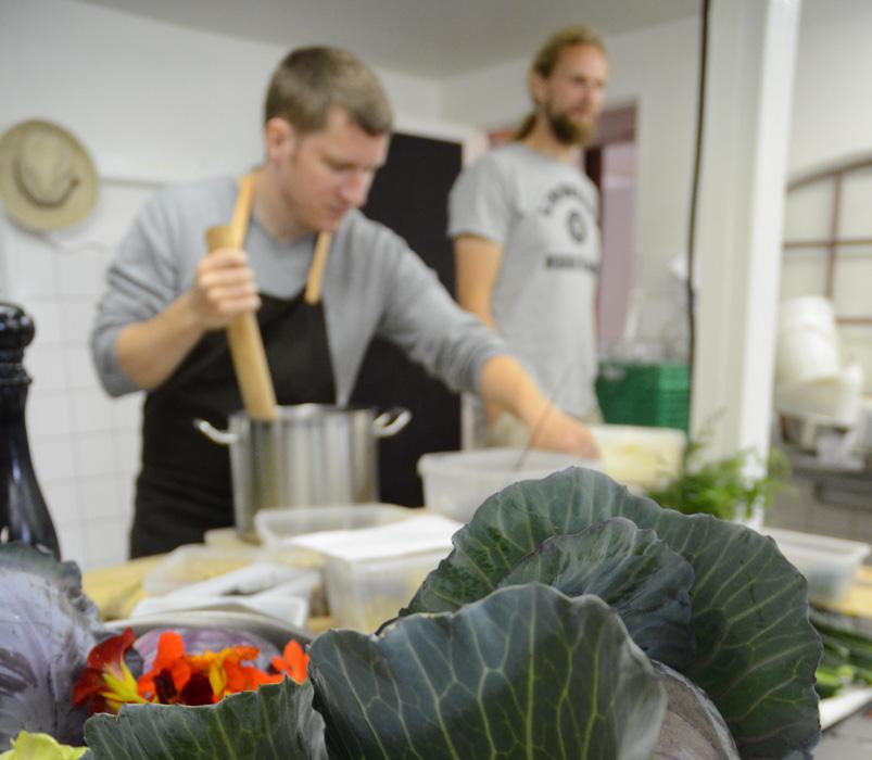 Gang i køkkenet på Brandbygegård-2036