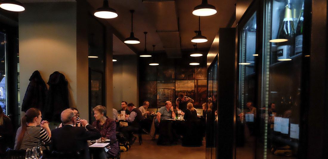 Godt med gæster hos Retour Steak i Aarhus - Anmeldelse Retour Steak Aarhus