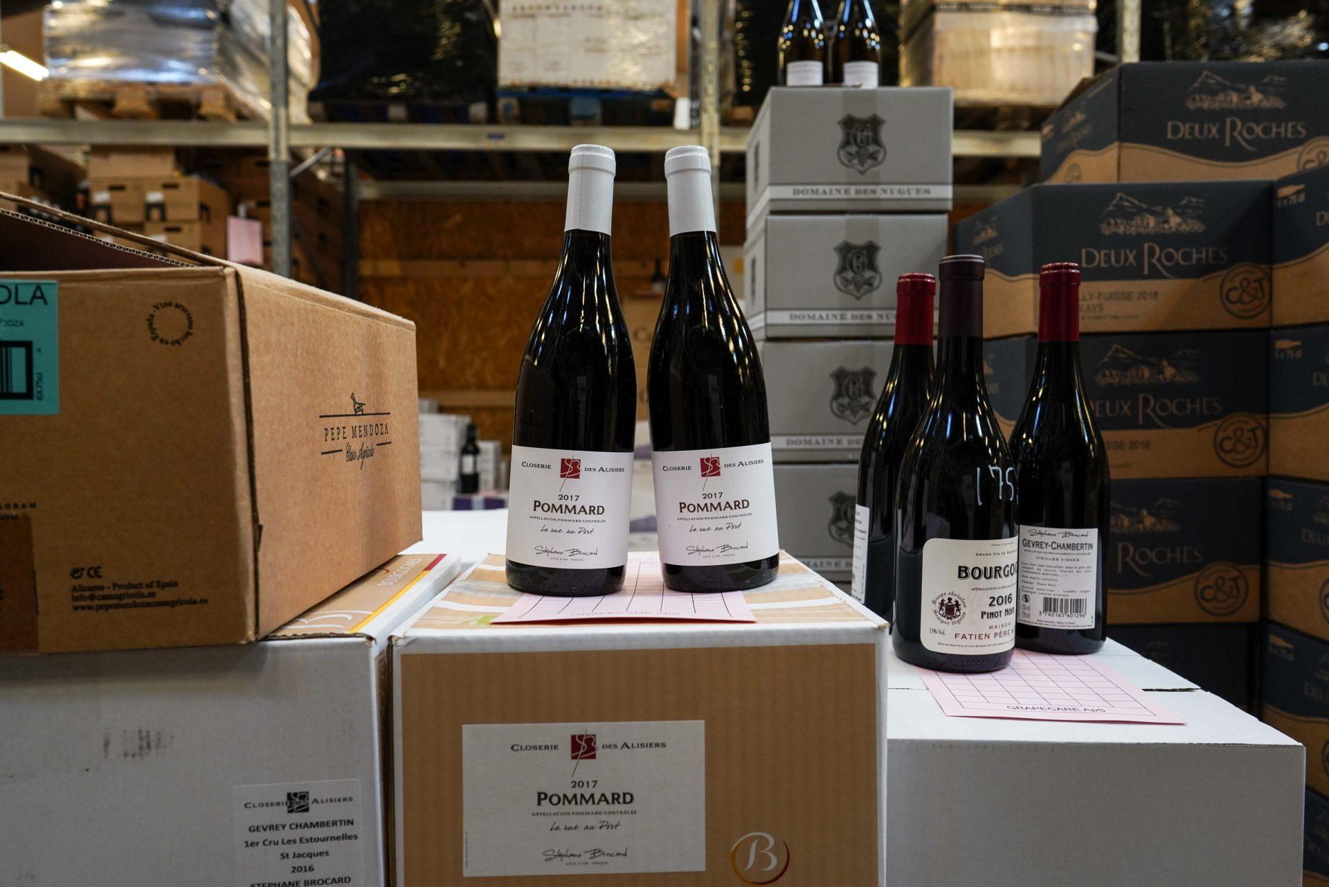 Nytårs-kup på vinlageret: Traditionen tro sælges der vin til engrospriser i Højbjerg