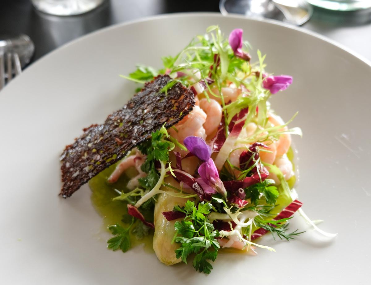 Hvide asparges og rejer på Restaurant Unico_-2