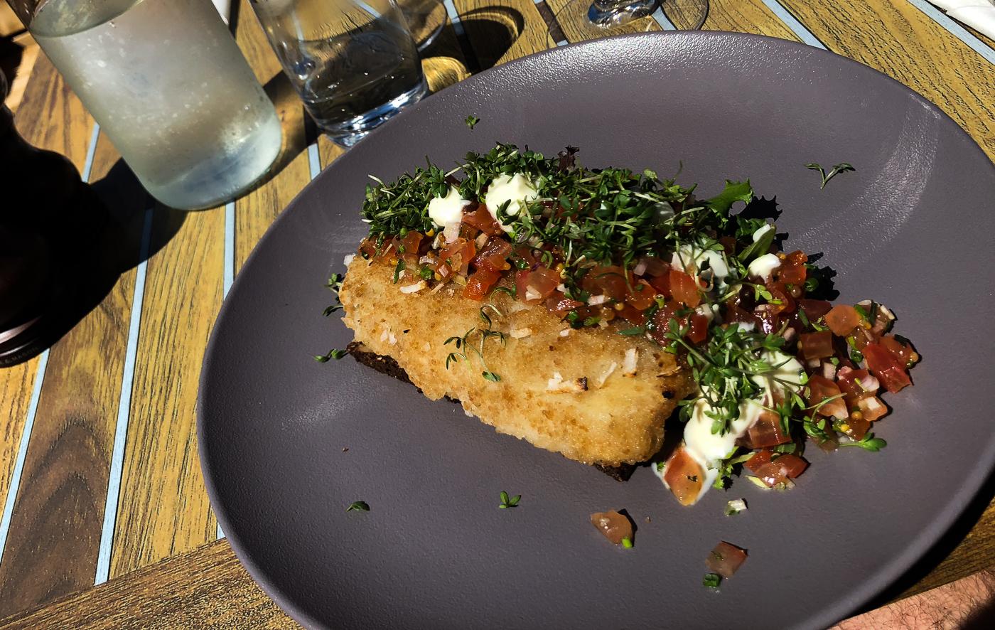 Madanmeldelse: Sommerfrokosten på Norsminde Kro - en fast tradition