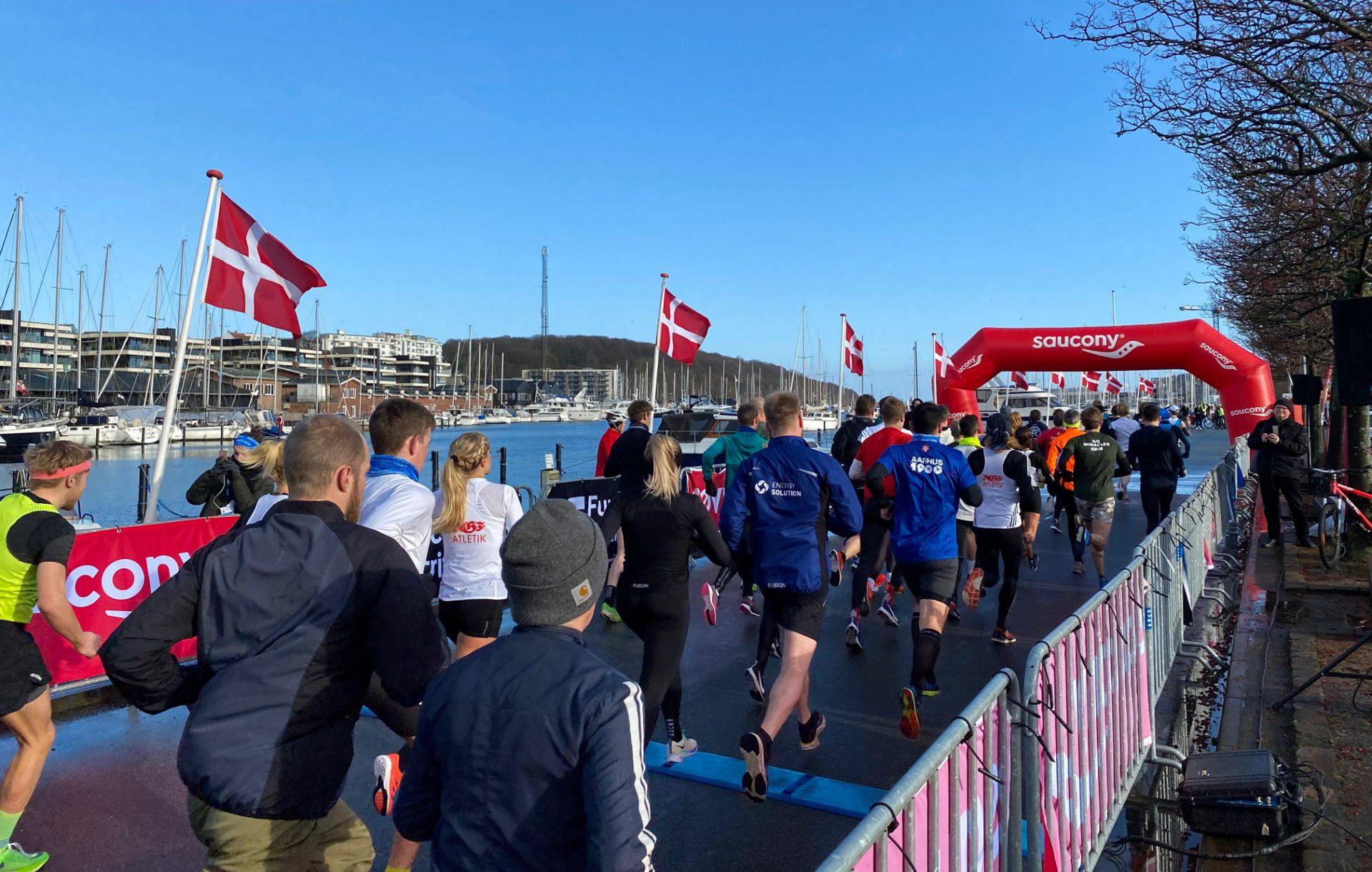 Vinterløbet – Aarhus Ø:13.765 km i løbeskoene og tøndeslagning i Aarhus' nye bydel