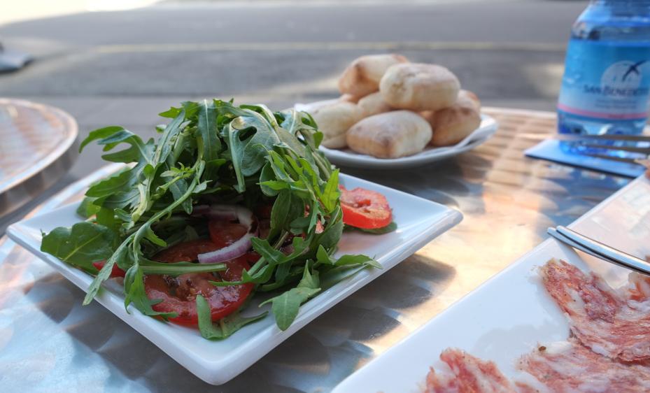 Italiensk salat hos Ispirazione i Ålborggade