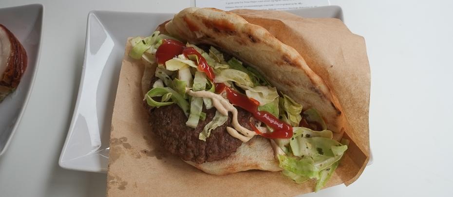 Knastør burger hos Festugegrillerier