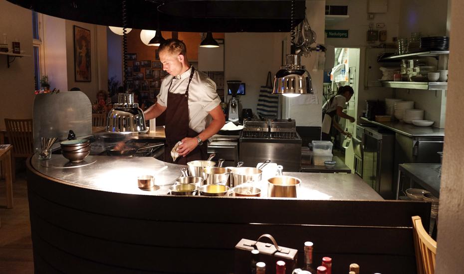 Køkkenchefen på Slinger Bistro i Aarhus_