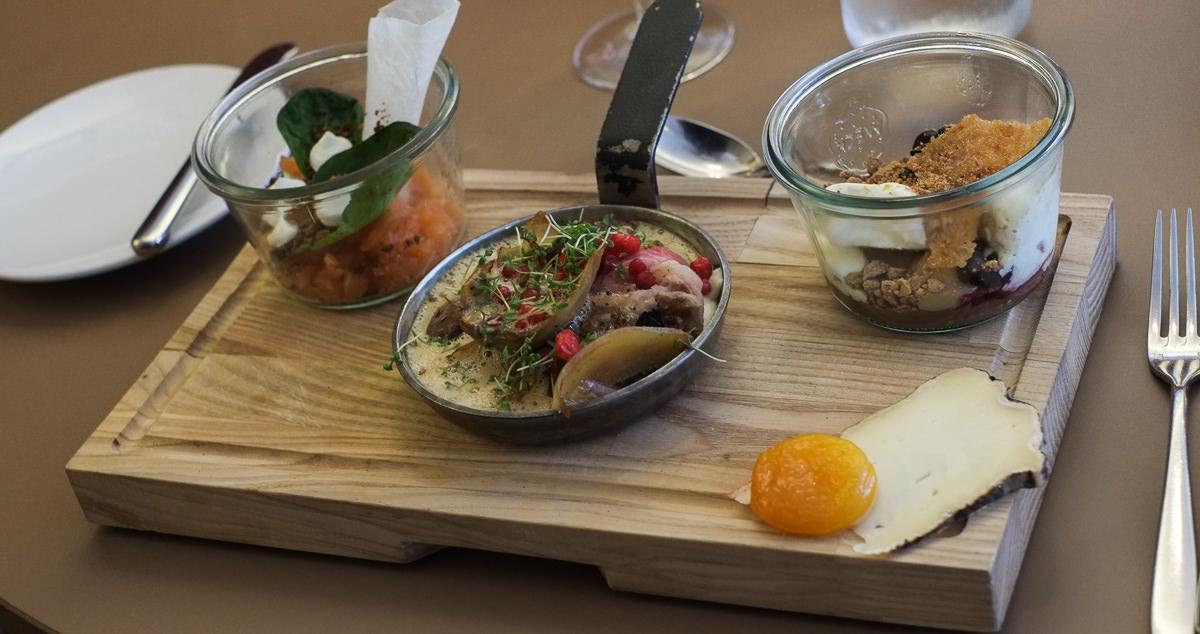 Kokkens bræt med fire serveringer på Ferdinand i Aarhus