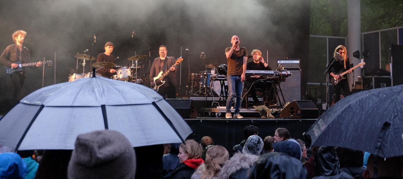 Anmeldelse af Hjalmer: Vikaren fra Fyn overvandt regnen