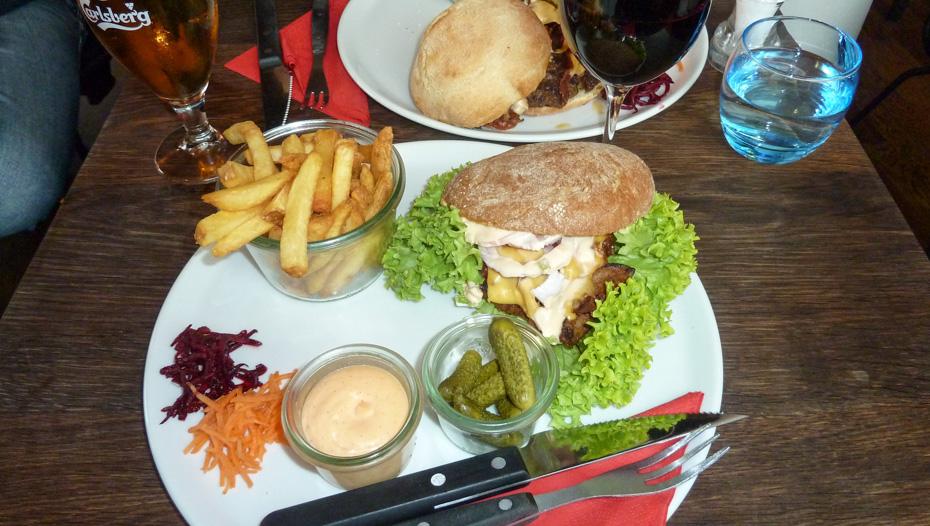 Lammeburger på Café Stiften_