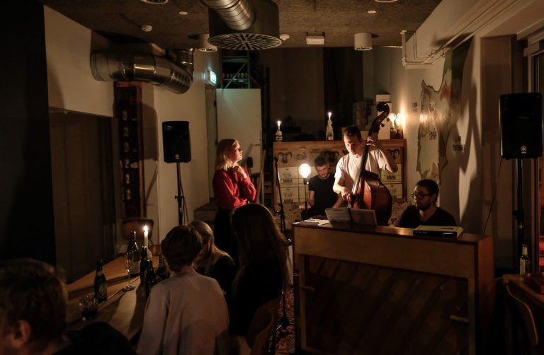 Vin og livemusik: Pica Pica – Vinbarernes svar på Bent J