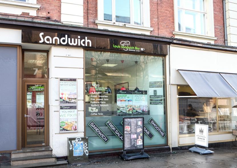 Louis Sandwich Bar