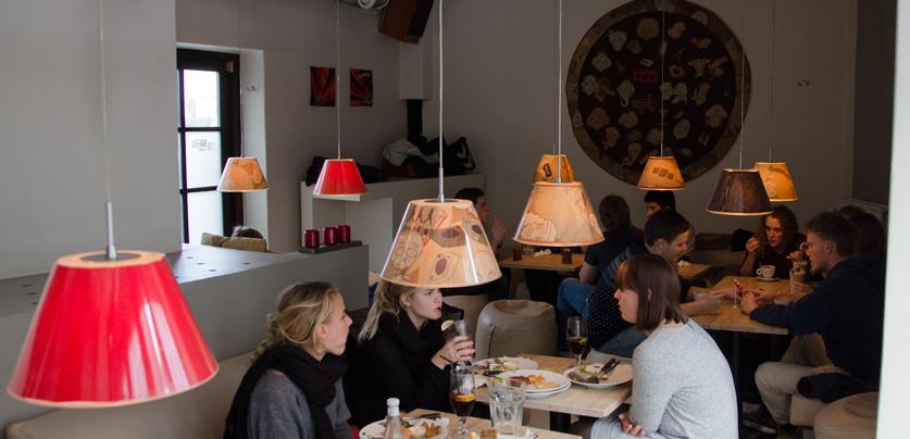 Lounge-på-Rar-Bar-i-Jægergårdsgade