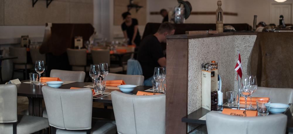 Man sidder godt - Restaurant Flammen i Aarhus