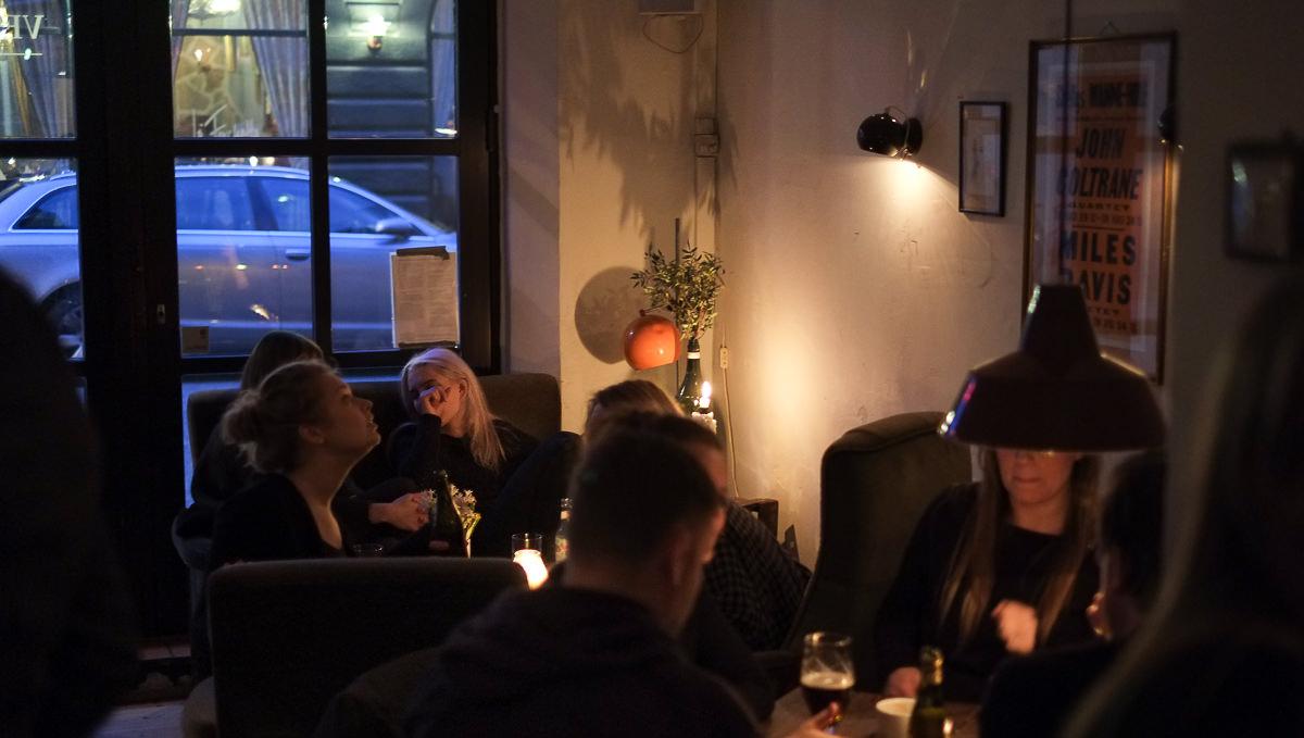 Man spiser også i de bløde sofaer - Vesterlauget_
